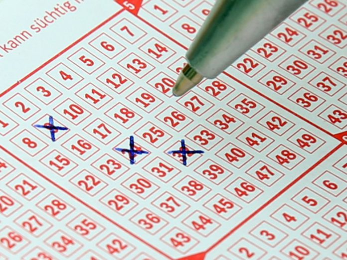 Macau | Lottery concession contract with Wing Hing extended until